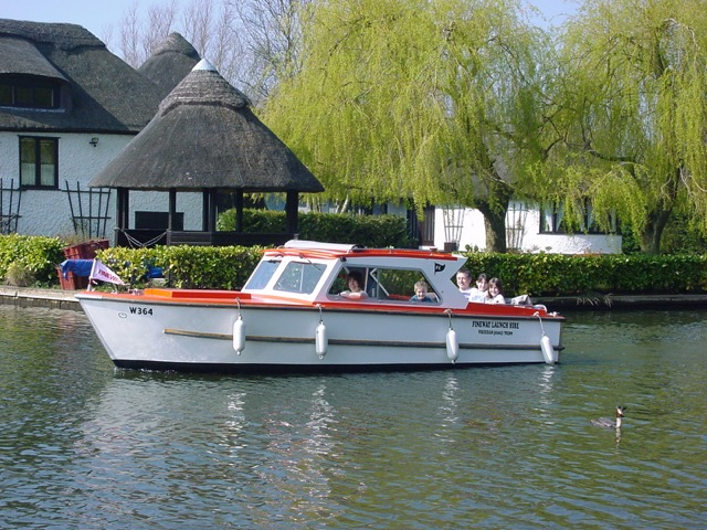 Christmas day boat hire from Wroxham with our 8 (+3) seater cruiser.